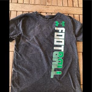 Boys Under Armour Charged Cotton t-shirt.